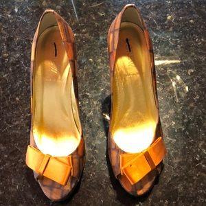 J Crew Molly Print Peep Toe heels 6.5, worn twice